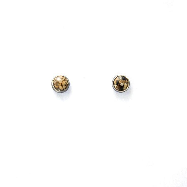 Tiny Sand Stud Earrings - Large Grains