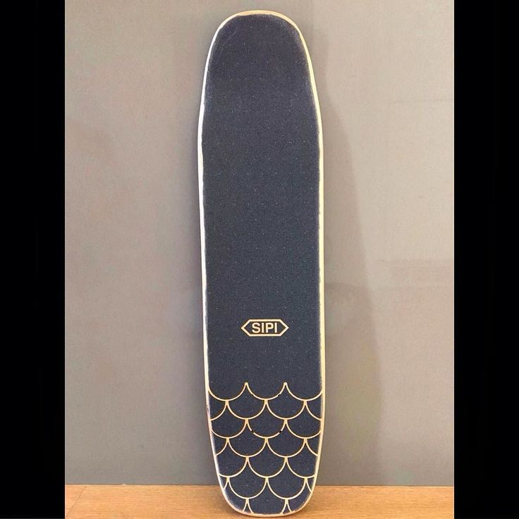 sipi bowler shape with fish scale grip tape                                                                                                                                                      More