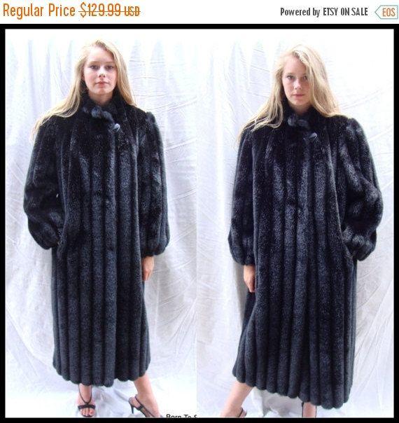 The 25  best Black faux fur coat ideas on Pinterest   Black fur ...
