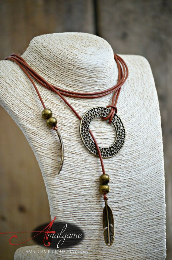 Lariat Necklace brown leather lace, feathers and ring, navajo boho style, convertible collar by Amalgame