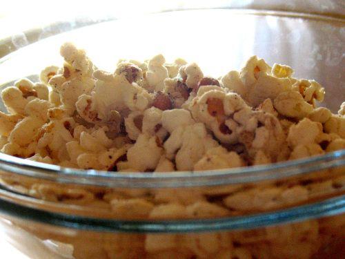 Homemade White Cheddar Popcorn Recipe
