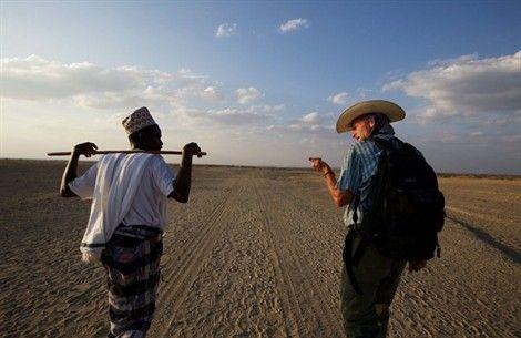 Un viaggio incredibile, quello che l'Homo Sapiens fece 60.000 anni fa, dall'Africa fino al punto più lontano mai raggiunto, la Terra del Fuoco. Lo sta ripercorrendo a piedi Paul Salopek del National Geographic: è partito a gennaio 2013, arriverà nel 2020