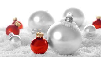 зима, рождественские обои, праздники, рождество, Новый год, шары, новогодние обои, настроение, снег, праздничные обои