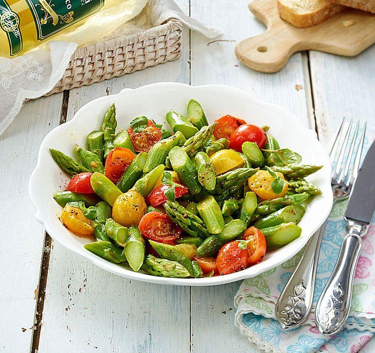 Spargelsalat mit Kirschtomaten, ein gutes Rezept aus der Kategorie Vegetarisch. Bewertungen: 2. Durchschnitt: Ø 3,5.