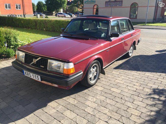 Säljer min renoverade 244 turbo Tillverkades september 1980 El hissar, c lås, el…