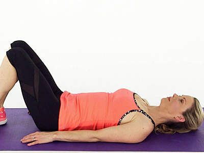 4 Easy Knee Stretches | To avoid knee pain, try adding stretches after your workout.