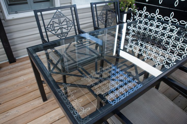 Alfresco dining set with Celtic design
