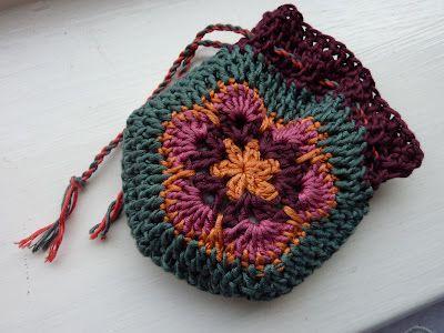 African Flower Lil Drawstring Bag: free pattern