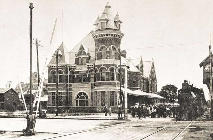 The Toronto, Hamilton and Buffalo Railway (TH) existed from 1894 to 1987. Based in Hamilton, the old station was at the corners of James and Hunter, with the track running at ground-level.