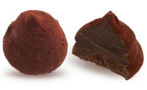 Конфеты ручной работы Frade КОНСУЛ Классика делает ценителями и гурманами великое большинство… Нежный трюфель из темного ганаша с оттенком коньяка в какао – это что-то!