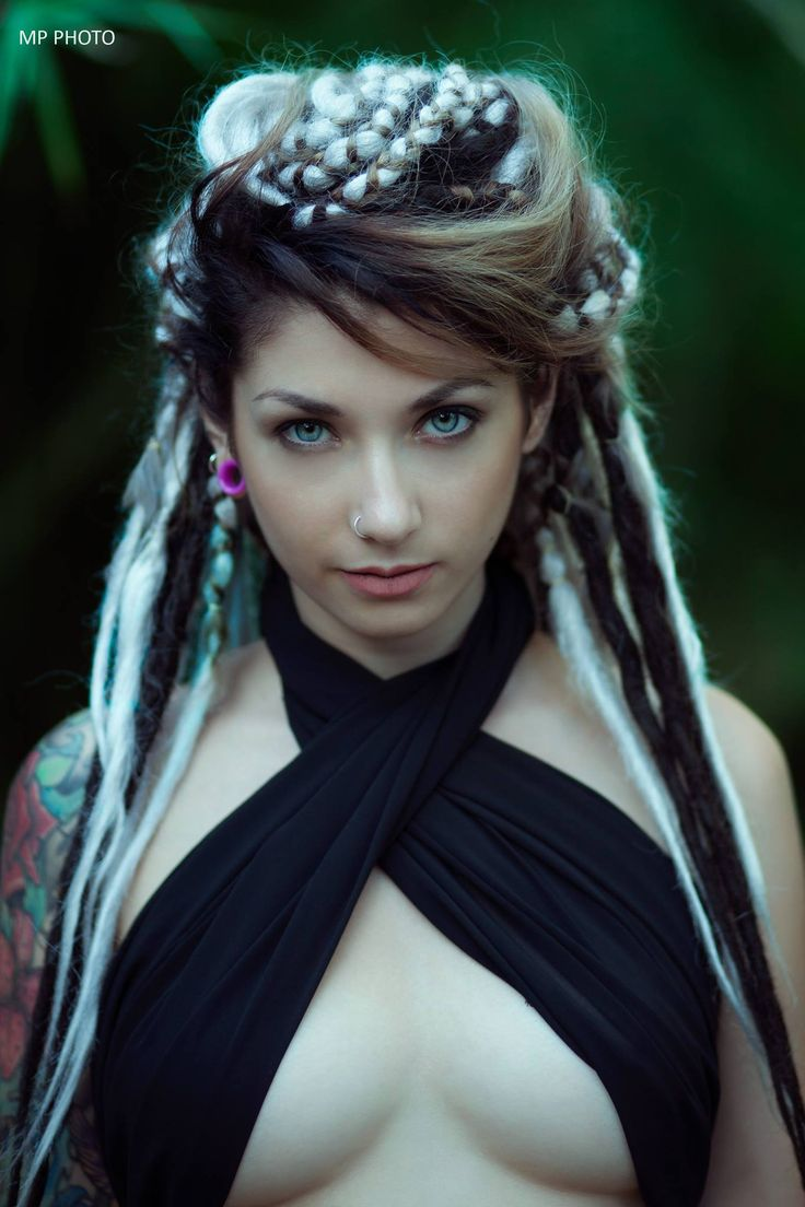 Alerosebunny alerose suicide fotograf a photography for Topless tattoo girls