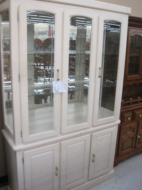 53 X 17 82 White Washed Oak China Hutch With 2 Doors In Base And
