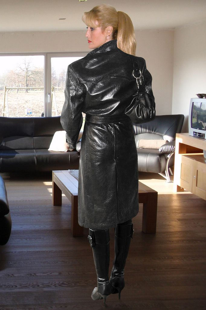 83-year-old lesbian dominatrix Catherine Robbe-Grillet ...