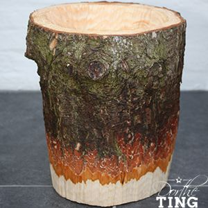 Wooden flowerpot - blomsterkrukke af fyrstamme - pine