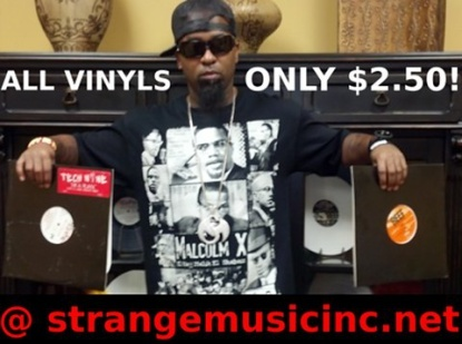 """Vinyls are all the craze right now. Did you know that you can cop these Tech N9ne vinyls at the ridiculous price of $2.50?    Think about it…    A gallon of gas or """"I'm A Playa"""" on vinyl?  Two packs of bubblegum or the """"Bout Ta Bubble"""" vinyl?  A scratch-off lotto ticket or """"Here Comes Tecca Nina"""" on vinyl? Put your turntables to good use and get that warm, analog sound that only a vinyl can provide with these Tech N9ne vinyls.  Click to see what vinyls we still have in stock!"""
