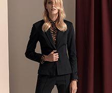Kobieta w garniturze - stylowa i elegancka