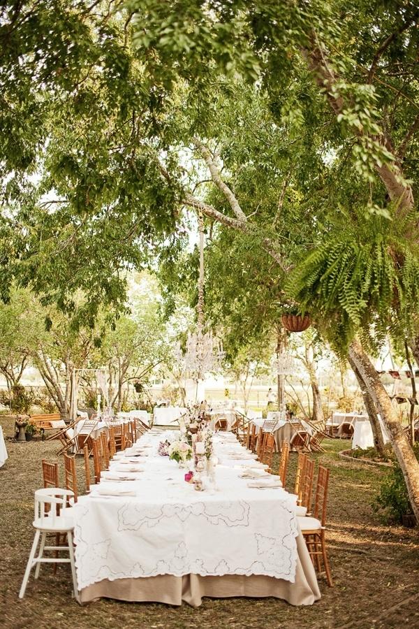 Southern weddings - backyard reception by Hicks