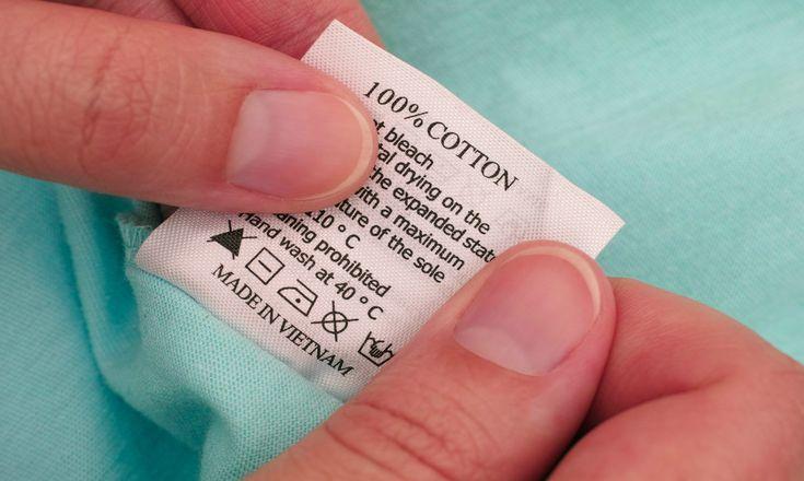 Os kits berço em tecido 100% algodão são os mais apropriados para o bercinho do pequeno. Traz conforto e evita alergias de contato na pele do bebê.