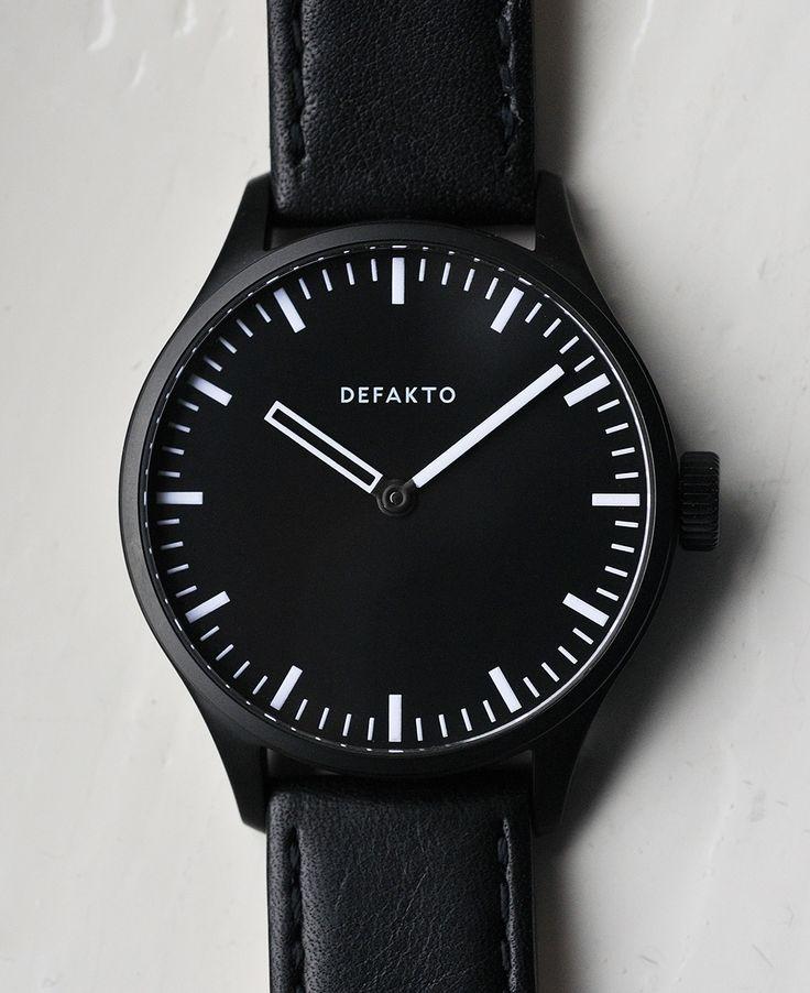 Немецкая часовая компания Defakto представила публике акскетичные наручные часы Akkord, выполненные с уклоном