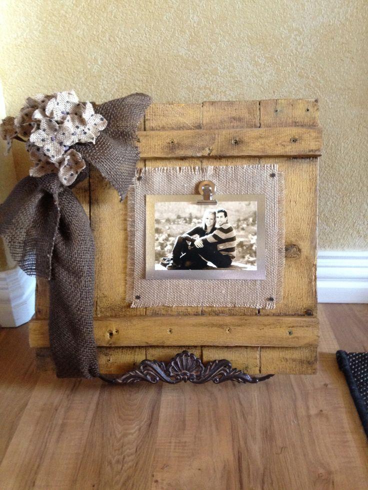 Pallet frame
