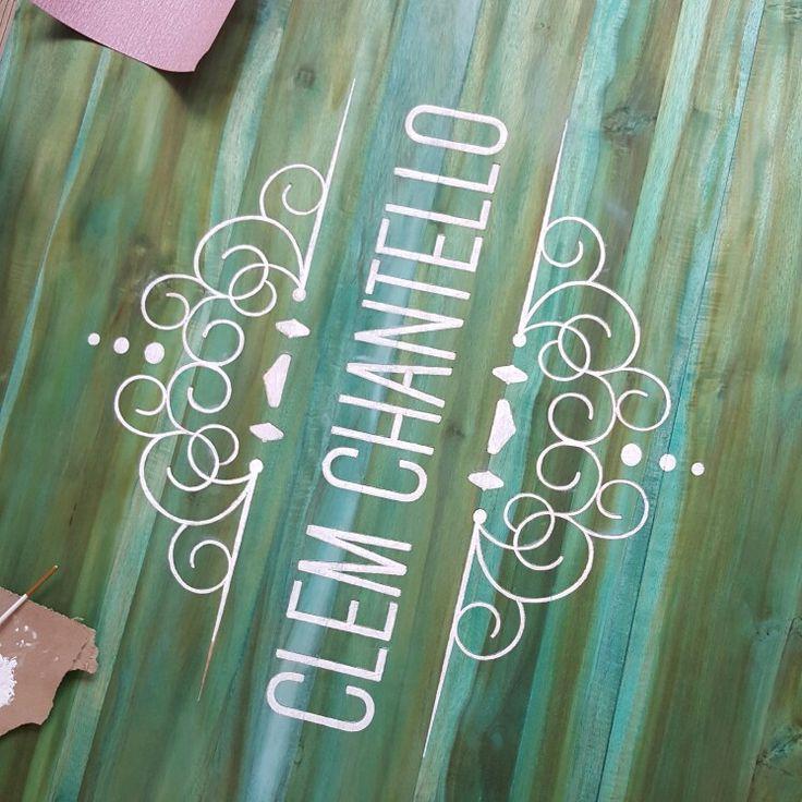 Grabado láser en madera. #design #diseño #branding #logo #diseñointeriores