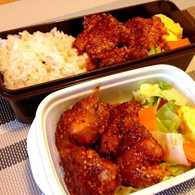 市販のタレを使ったヤンニョムチキン。 お弁当にはちょっとニンニクきついかな?(^◇^;) - 28件のもぐもぐ - お弁当♡ヤンニョムチキン、温野菜、卵焼き、雑穀ご飯 by usaco123
