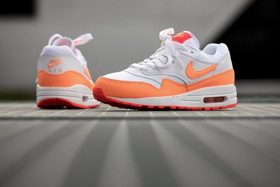 Nike Air Max 1 Essential 599820114 White Sunset Glow Hot