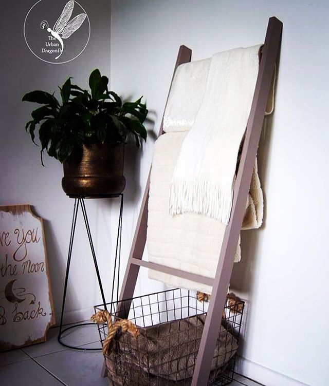 Every blanket needs a ladder right? Got to get my power tools out and make a few of these blanket ladders this week, they are turning out quite nice! Going to paint some and maybe stain some others to reveal the beautiful wood.  What colour would you like to see? #blanketladder #ladder #decor #farmhouse #diy #market #sunshinecoast #cosy