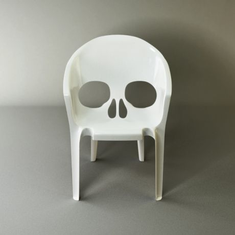 """Remember you will die"", plastic chair designed by Pool. #France #design"