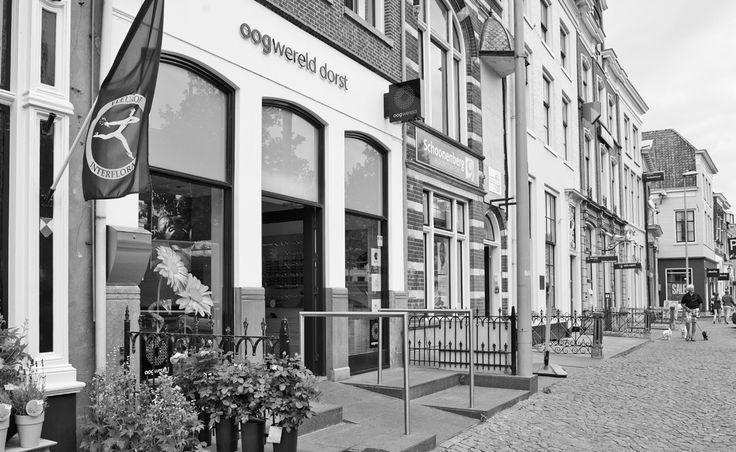 Voorkant winkel van Oogwereld Dorst in Zaltbommel.