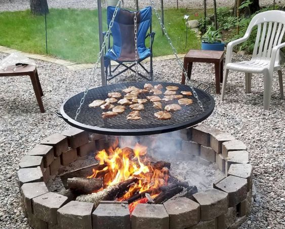 75 Easy and Cheap Fire Pit and Backyard Landscaping Ideas – Kim Kad