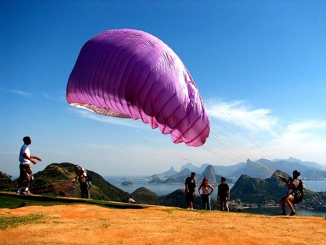 paragliding in rio de janeiro