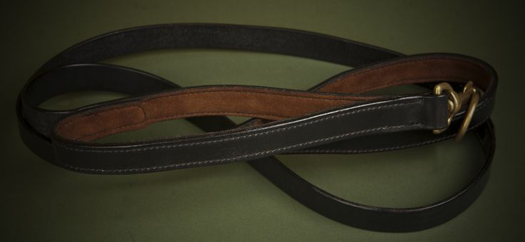 This shows the suede lining that can be added for comfort.