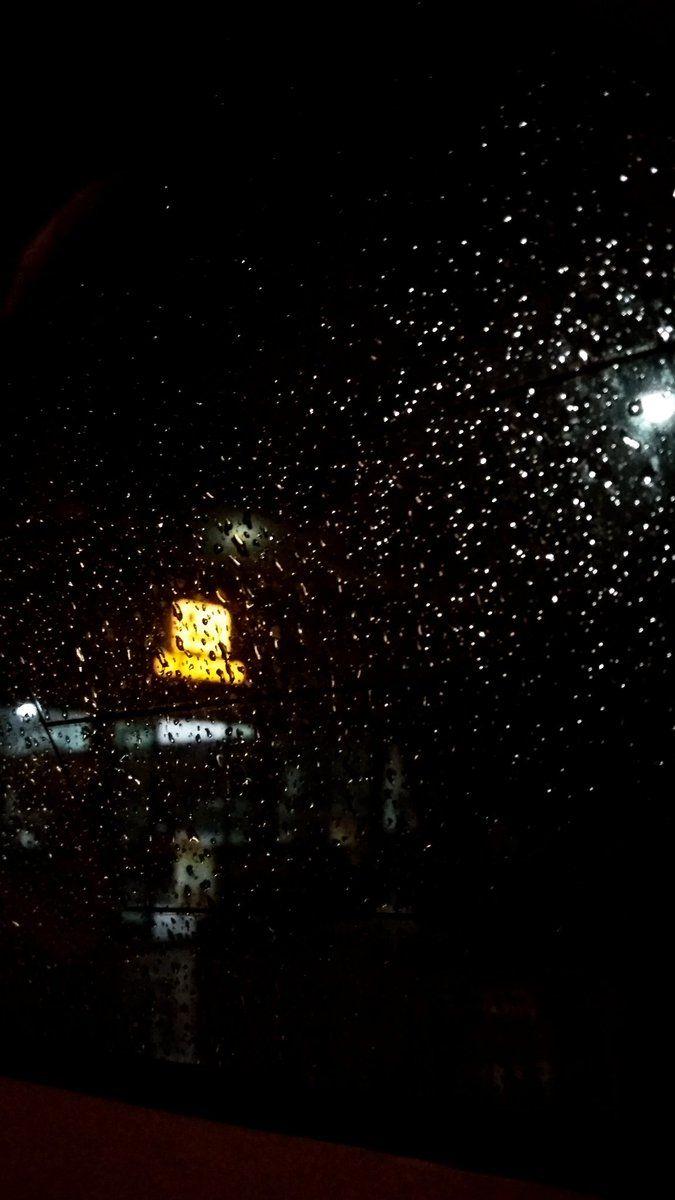 S On Twitter Rain Wallpapers Night Aesthetic Rainy Wallpaper