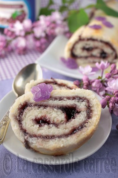 black currant roly poly cake