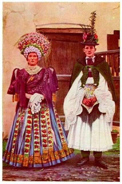 Kalocsa - Hungarian embroidery