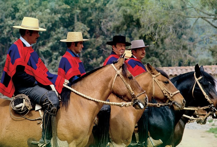 The hat, the horse, the poncho... the life of a Chilean Gaucho!