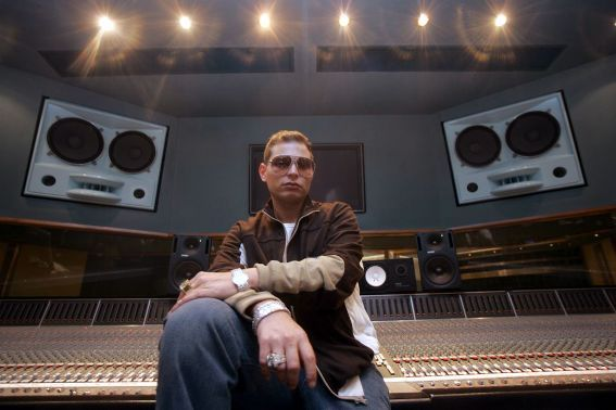 How hip hop producer Scott Storch blew his $70m fortune, now has $100 - https://www.nollywoodfreaks.com/how-hip-hop-producer-scott-storch-blew-his-70m-fortune-now-has-100/
