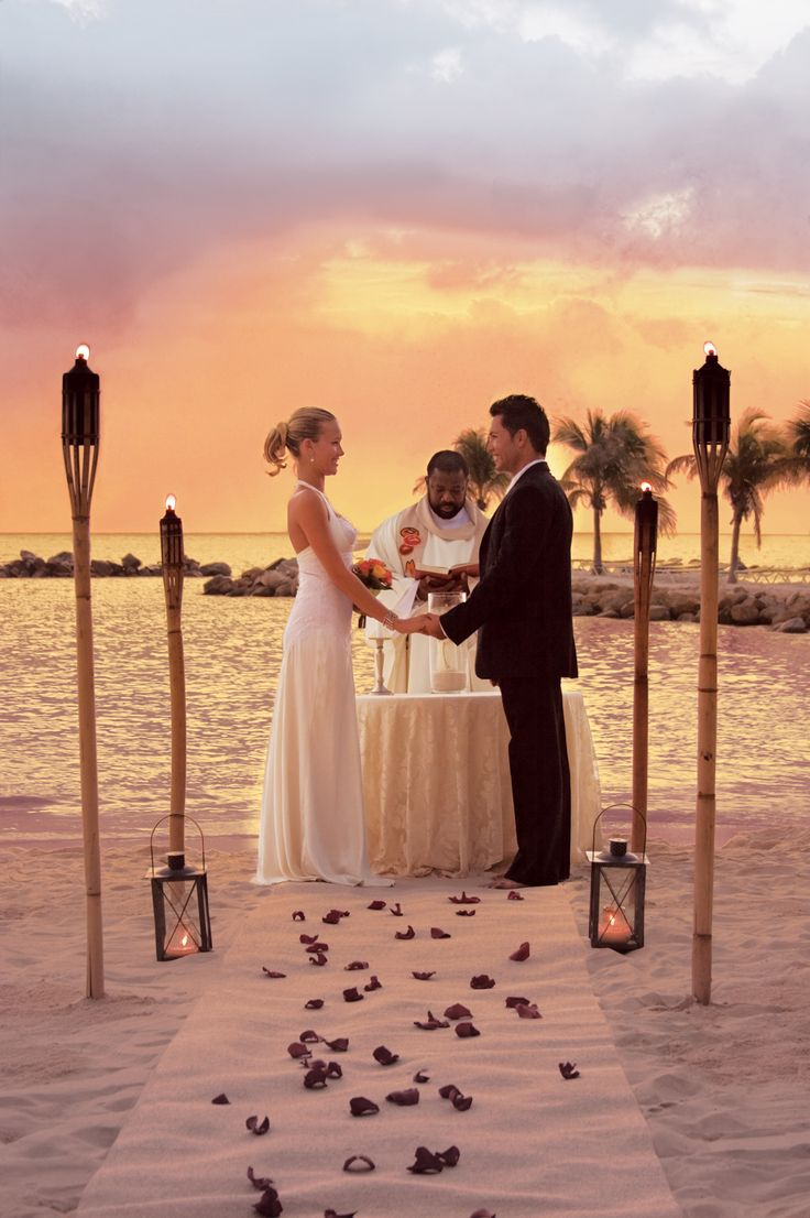 destination weddings renaissance aruba menu | experience on their wedding day so they offer and in-house wedding ...