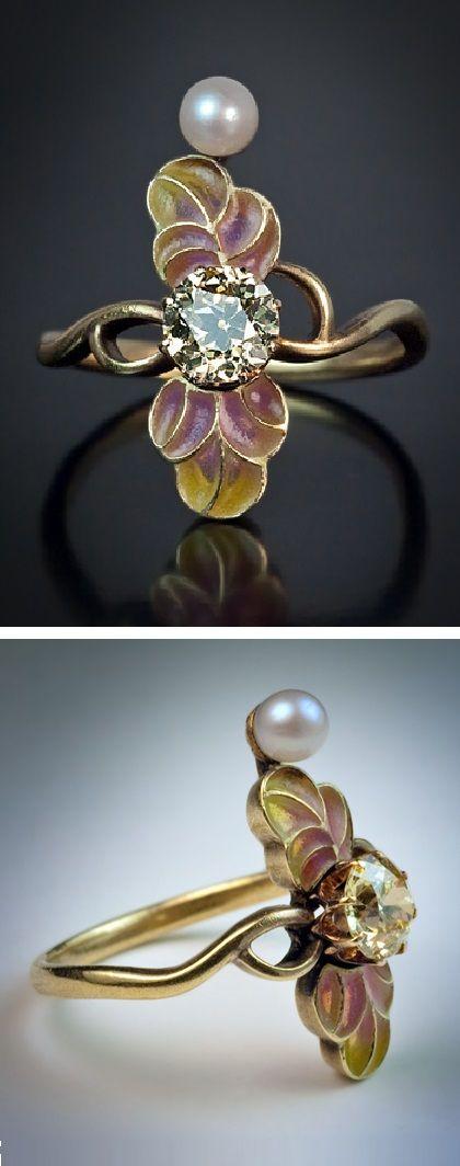 An Art Nouveau gold, plique-à-jour enamel, fancy coloured diamond and pearl ring, Moscow, 1908-17. #ArtNouveau #ring