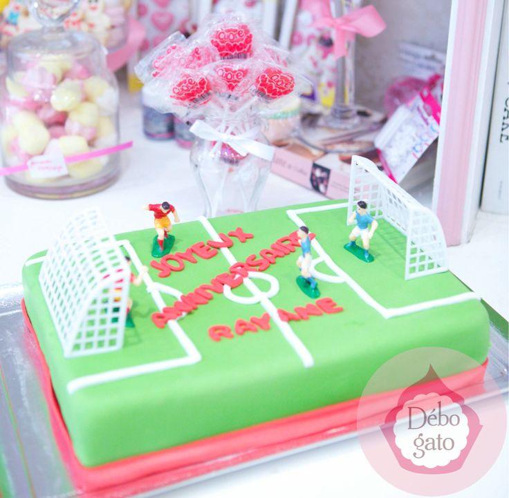 Gâteaux personnalisés, Paris, Passion, Gourmandise, Anniversaire, Gâteau d'anniversaire, Cake design Paris, Birthday cake, Football, Match, Terrain de foot, Joueurs