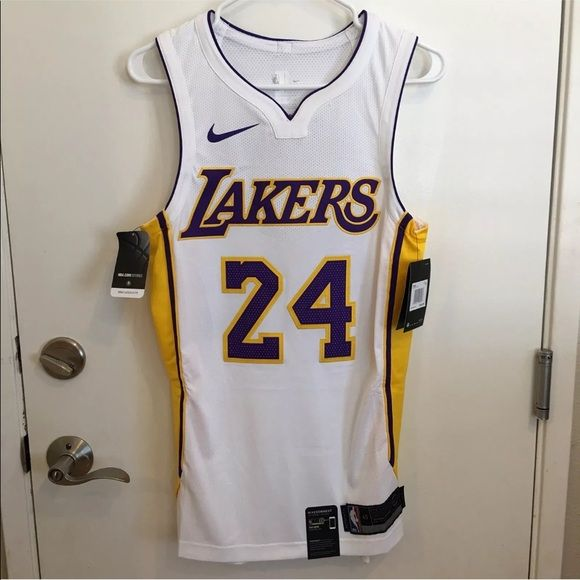 Nike Kobe Bryant La Lakers Icon Authentic Jersey Brand New With Tags 100 Authentic Represent Your Te Nike Kobe Bryant Kobe Bryant La Lakers Clothes Design