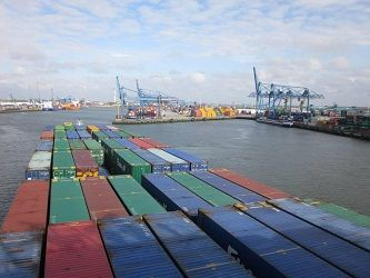 Wat neem ik mee op mijn containerschip vakantie? - FemNa40