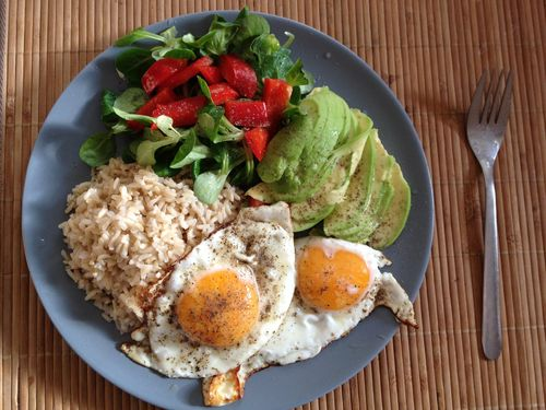 A clean, lean, balanced meal to nourish hungry muscles, melt belly fat, and improve your all-around health.