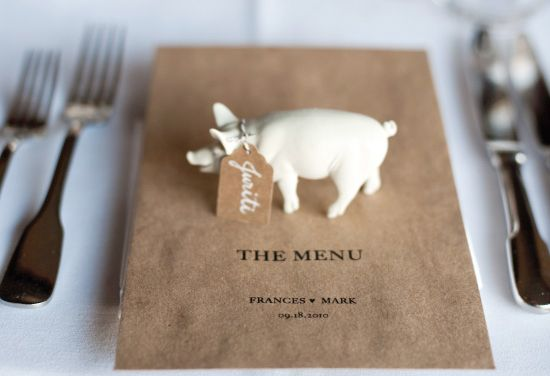 ahhhhhhh. if only i had thought of this for my wedding. IM DYING over the pig and mini tag!!!!!!! and krafty paper. :)