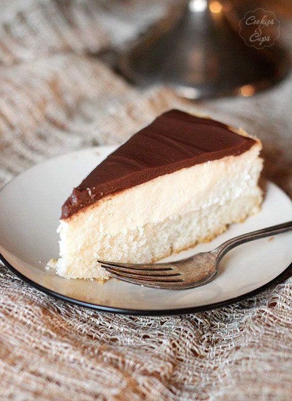 Boston Cream Pie Cheesecake Recipe ~ a layer of vanilla cake, a layer of cheesecake and a yummy chocolate ganache topping