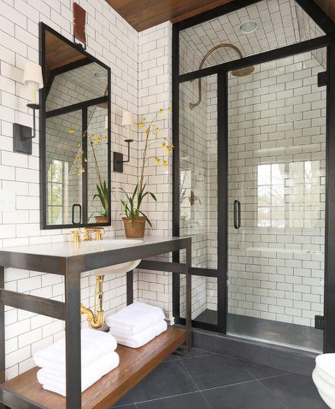 bathroom-decor-9-french-tradtitional-style-summer-thornton © Summer Thornton Design