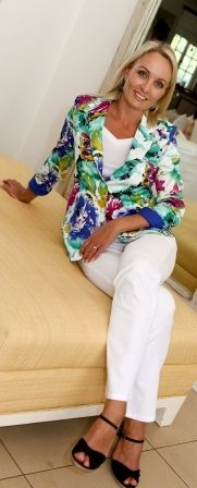 Printed Cotton Sateen blazer and classic white Barrington jeans
