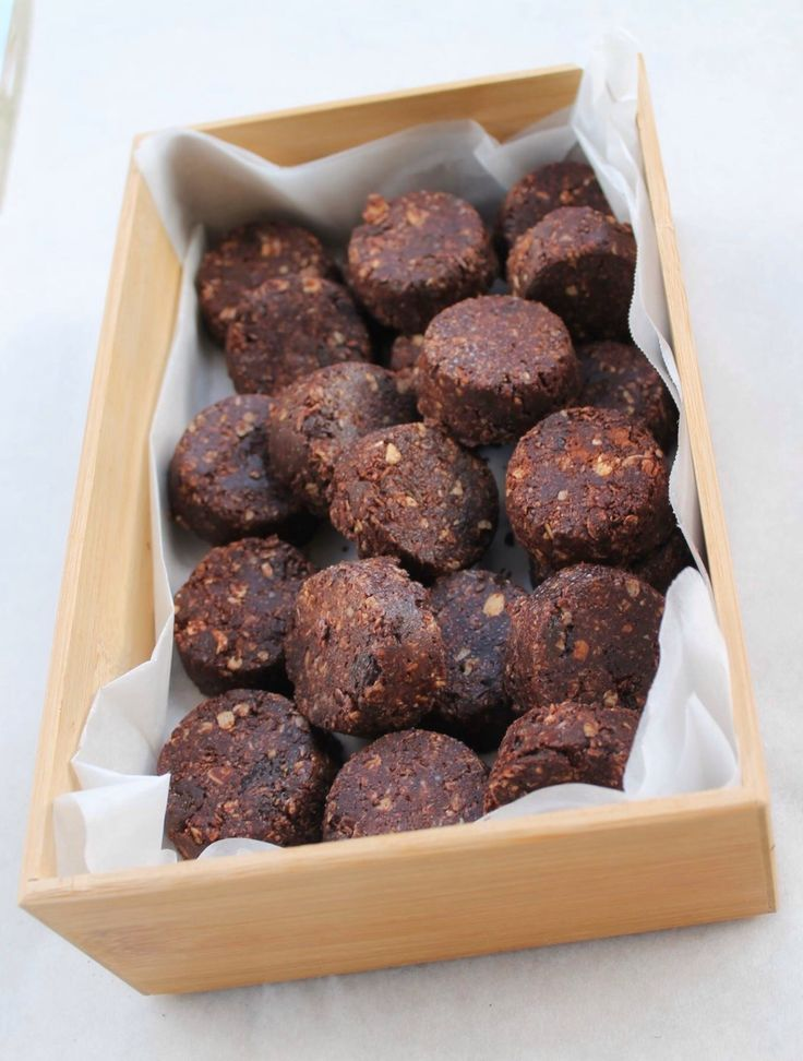 Free from additives & preservatives, CRAZY rich in flavour, EASY and DELISH! Make them, become addicted, thank me later.  Oh yea, HUGE LOVES all round for the Peanut Butter Bites.  #nourishnurturelive  https://nourishnurturelive.wordpress.com/2016/06/04/no-bake-natural-peanut-butter-bites/