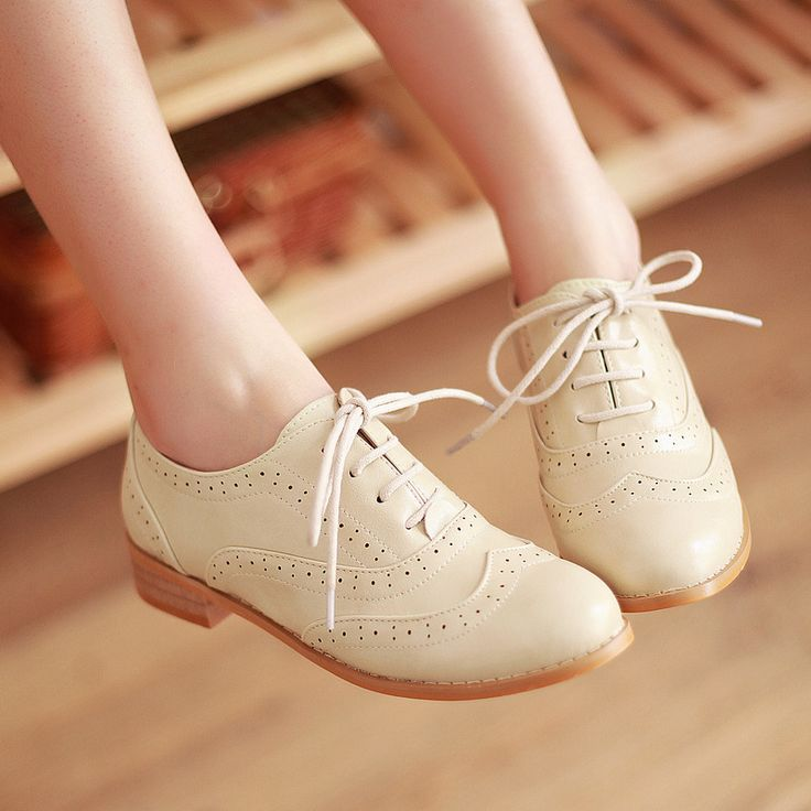 new 2013 flat shoes Women Vintage Shoes Preppy Style  Oxfords Low Flats Heels Black Brown Beige PU Leather Size 40 $33.00